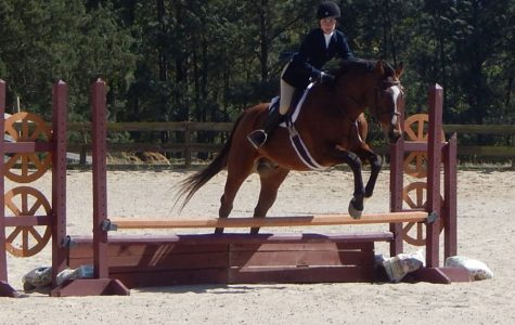 Students compete in equestrian sport