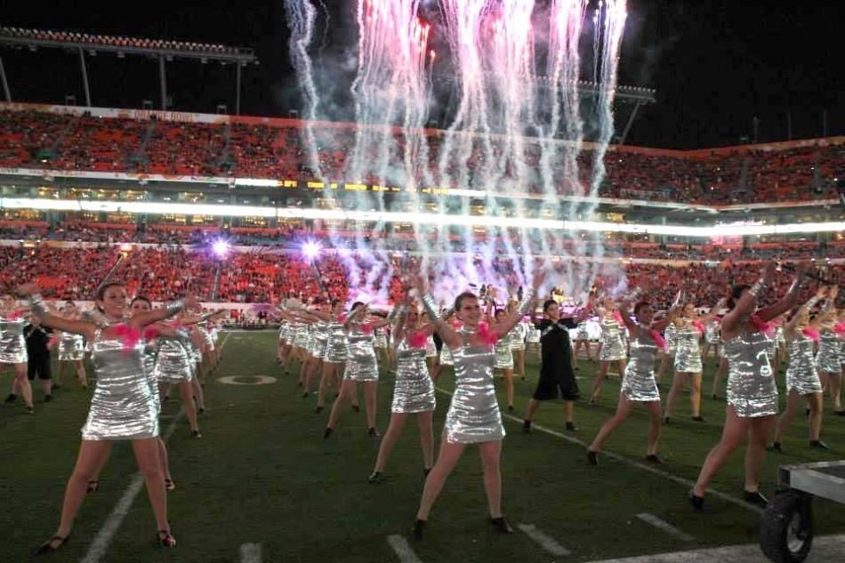 Students dance at Orange Bowl