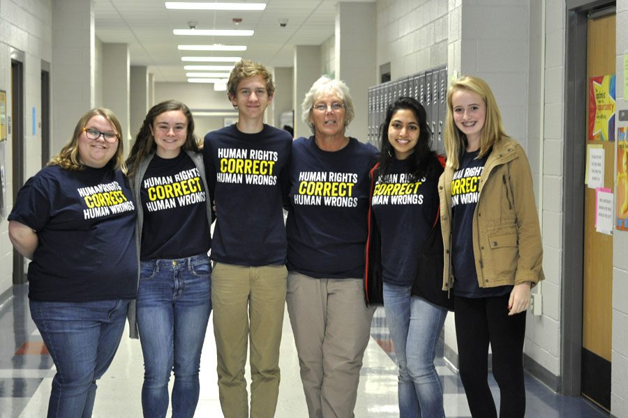 Left to right: Isabel Padalecki, Hannah Dion, Justin Kuropas, Laura Hartman, Laraib Awan, Rebekah Helms. These students promoted t-shirt fast.