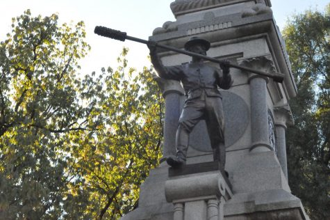 Students express opinions for future of Confederate Monuments