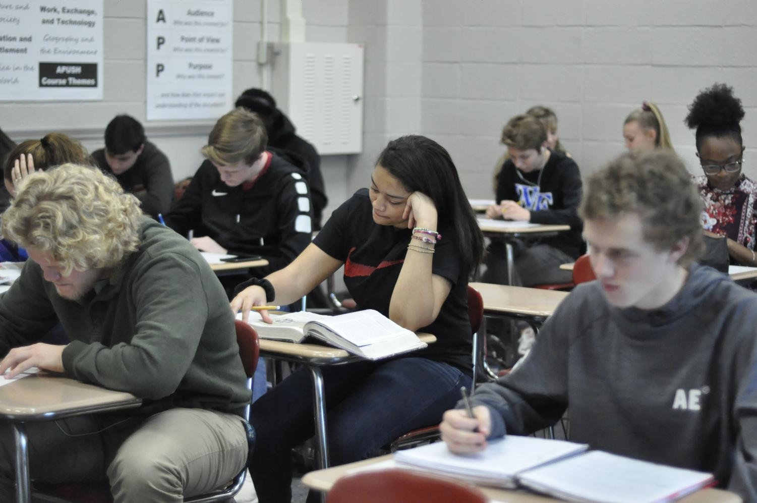 Students working in AP U.S History. This class is taught by Kristi Dunn.