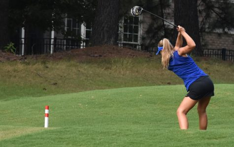 Girls' golf places second to start the season