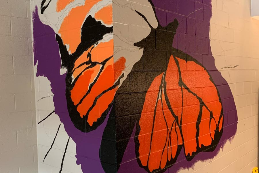 Artist+Creates+Butterfly+Mural+to+Reflect+Town